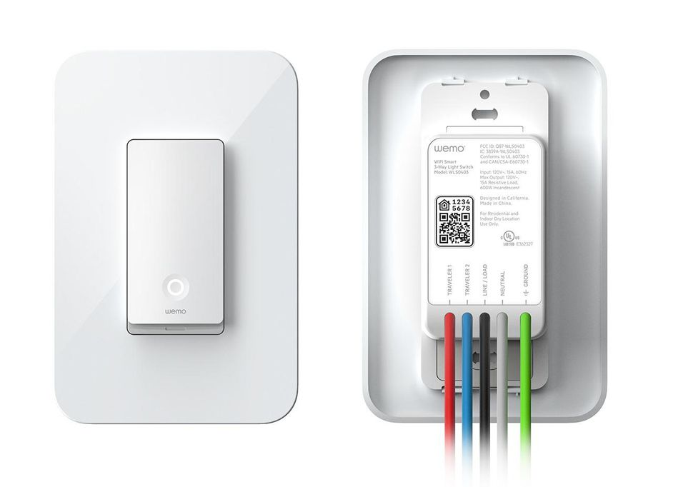 wemo-light-switch-2019-front-and-back